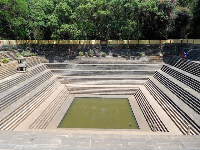 An old step-well inside the Nandidurg fort called Amrita Sarovar, on top of Nandi Hills