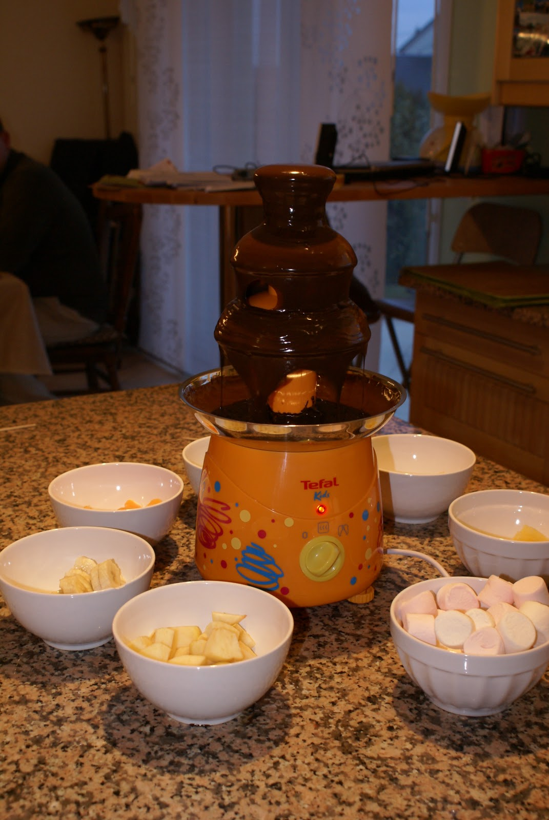 le gronopost fondue au chocolat. Black Bedroom Furniture Sets. Home Design Ideas