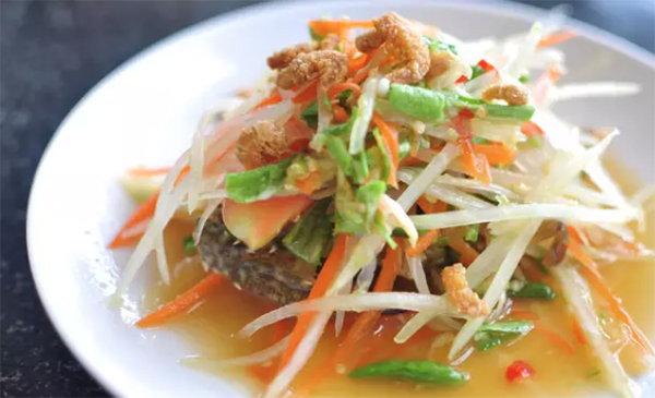 去泰國必吃的十道菜!香辣青木瓜沙拉