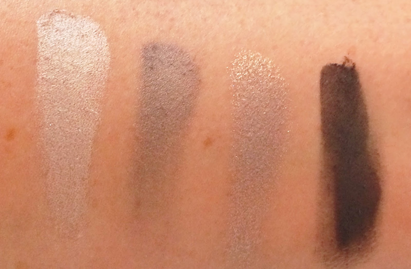 Charlotte Tilbury The Rock Chick palette swatches
