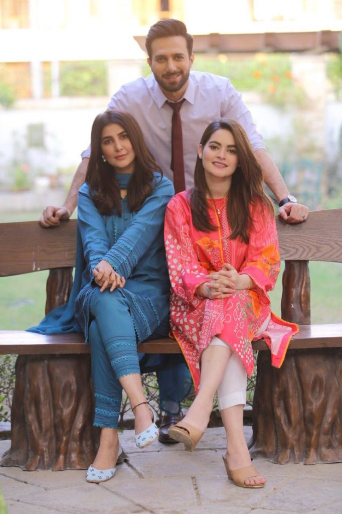 Minal Khan and Areeba Habib Pictures from Set of Drama Jalan