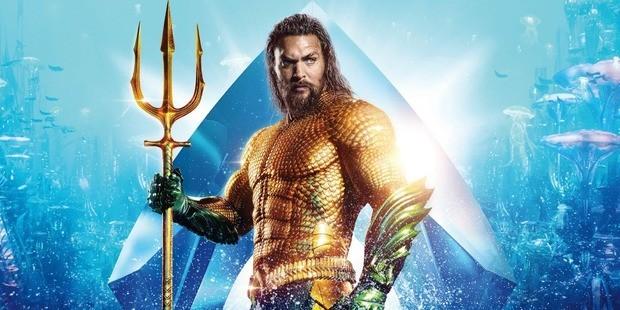 Após o Feriado dos Presidentes, Aquaman bateu a marca de US$ 1,13 bilhões. O longa entrou para a lista dos 20 filmes de maior sucesso da história ultrapassando Tranformers: O Lado Escuro da Lua de 2011, que fez US$ 1,12 bilhões.