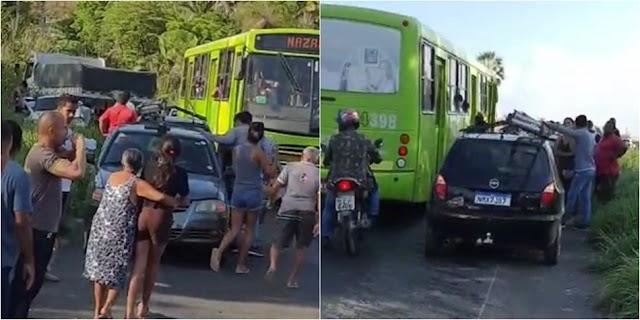 Colisão entre veículos deixa ao menos sete pessoas feridas na PI 130