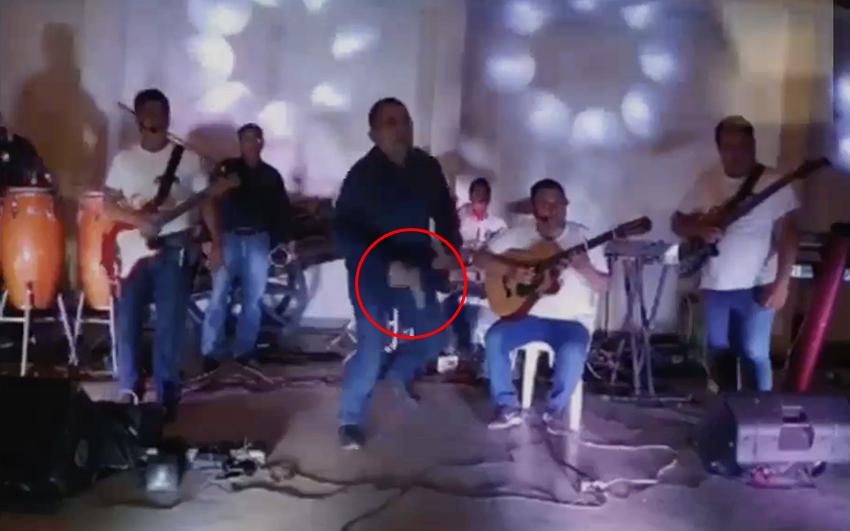Vídeo; Apenas alcanzo a desenfundar su pistola, Francisco Navarrete jefe del CJNG fue asesinado por un comando armado junto a 6 personas mas en una fiesta en Veracruz