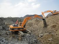 Movimiento de Tierras Excavadora