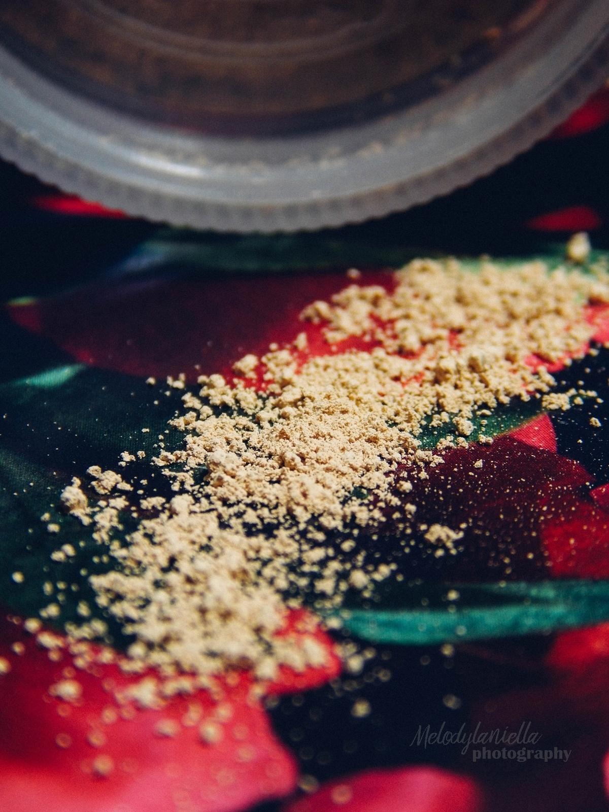 annabelle minerals kosmetyki mineralne zestaw matujący korektor podkład róż gratis pędzel jak używać kosmetyków mineralnych recenzja melodylaniella roz prezent