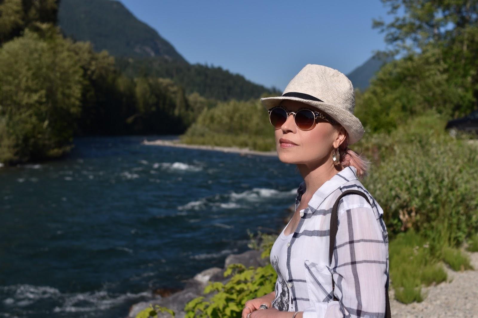 Monika Faulkner personal style inspiration - plaid shirt, straw fedora, Nanette sunglasses