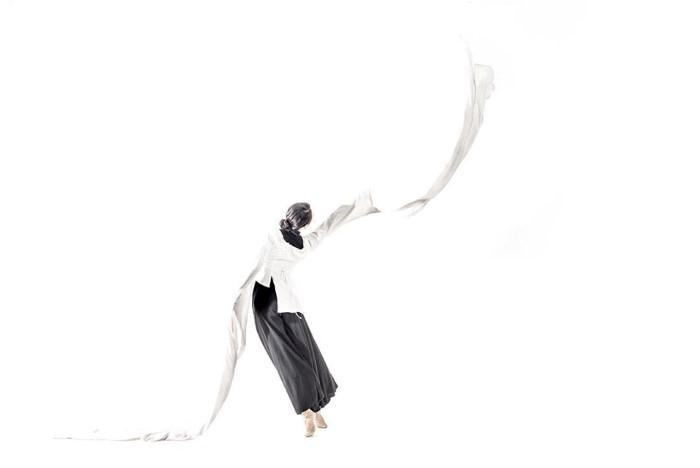 Фотограф и танцор из Гонконга.