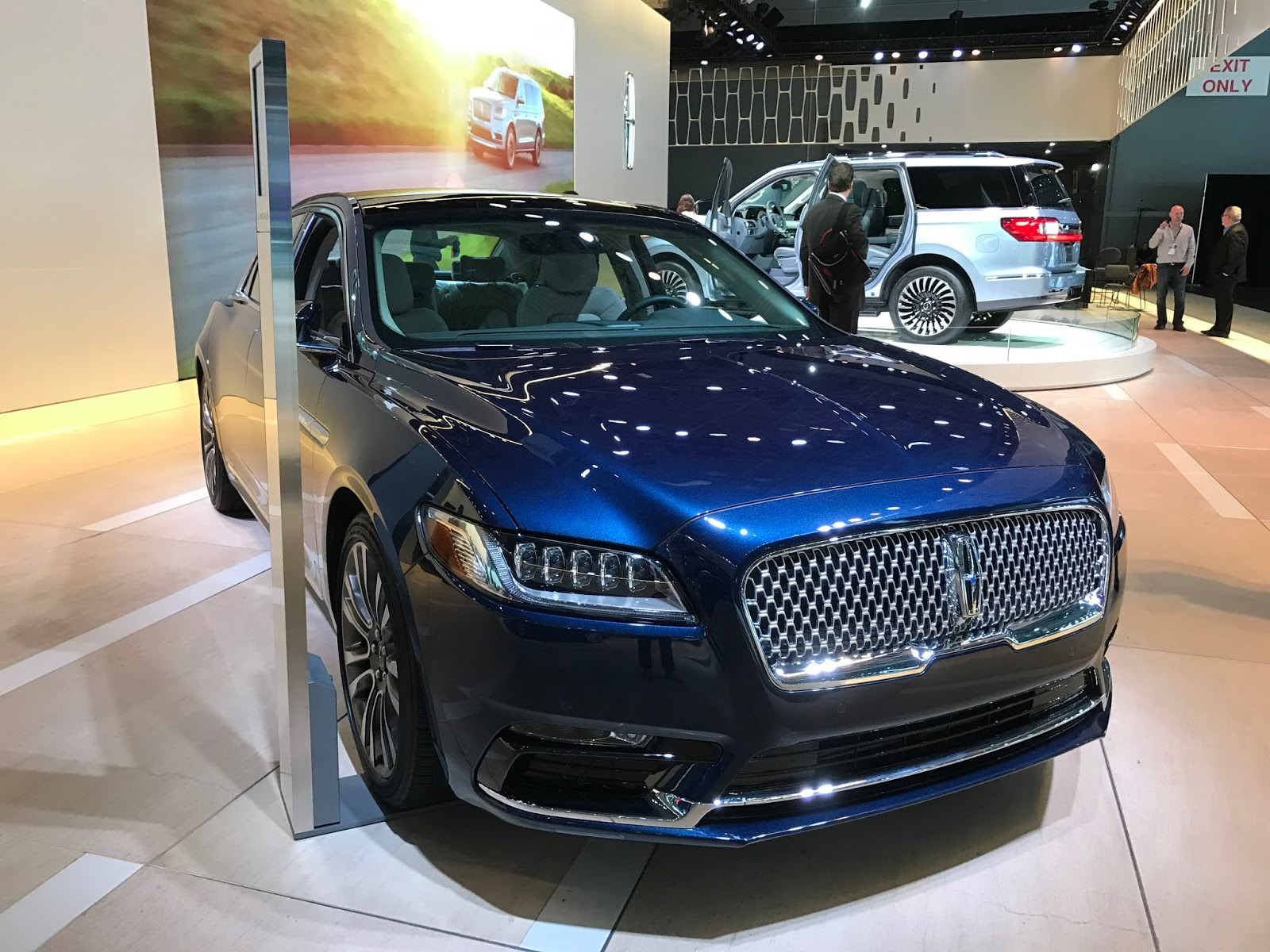 Photo%2B2017-04-13%2B13.43.29 Outstanding Lincoln Continental New York Auto Show Cars Trend