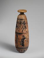 Jarrón de perfume de alabastro de origen etrusco. s. VI a. C.  Museo Metropolitano..jpg