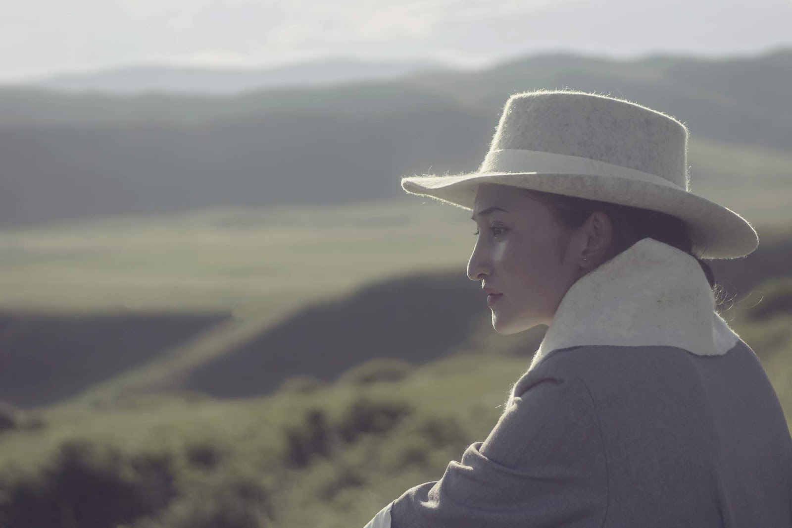 White Cowboy Felt Hat | SHANGDROK