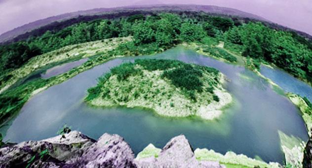 Telaga Biru Semin Gunung Kidul