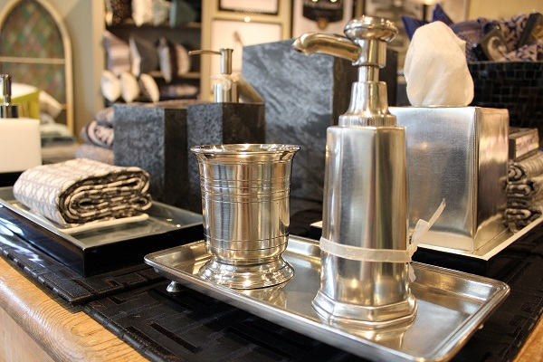 Simple Solid Pewter Bathroom Accessories Hand Made In Italy