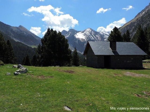 Refugio de Lavasar, Pirineo Aragonés