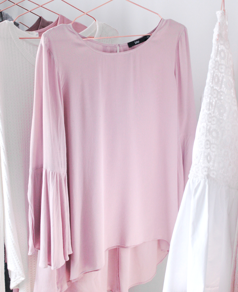 Sportsgirl blush pink floaty blouse