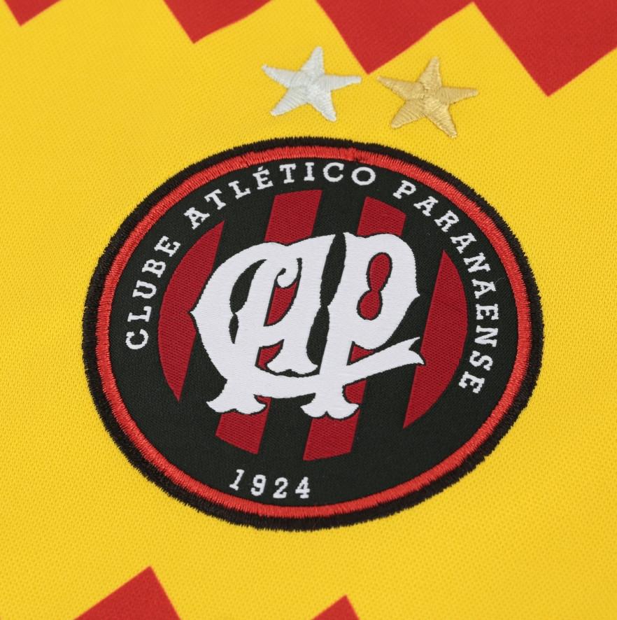 Umbro lança a nova camisa reserva do Atlético Paranaense - Show de ... b259cb9af8347