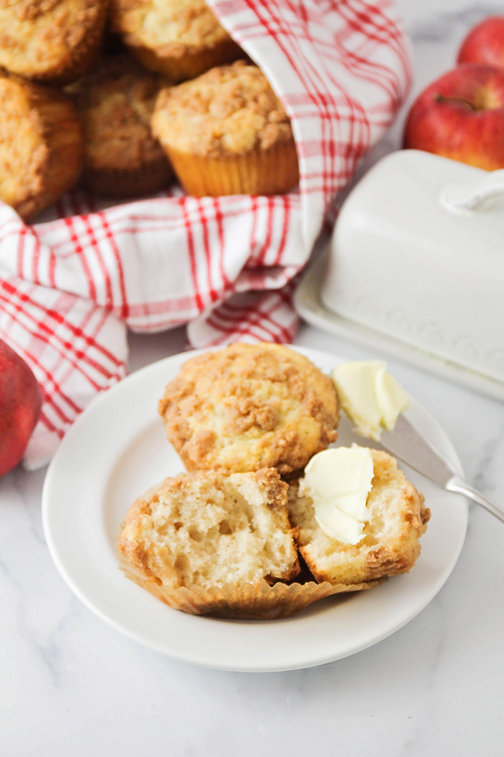 These apple cinnamon streusel muffins are full of delicious fall flavors, with the perfect tender crumb!