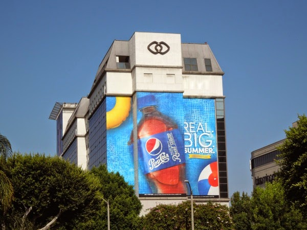 Giant Pepsi Real Big Summer billboard
