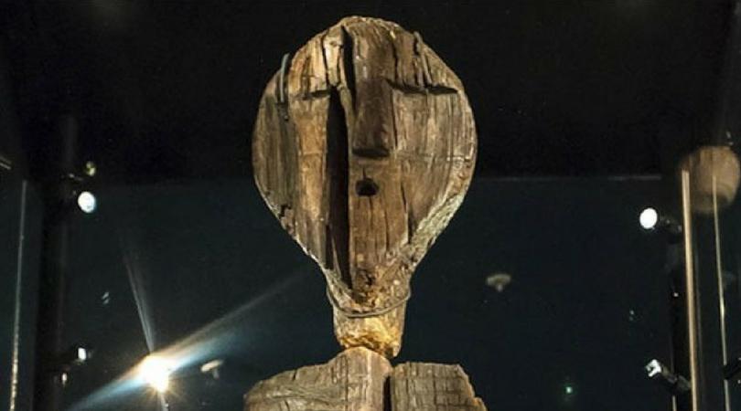 Umatizen | Berhala kayu yang diperkirakan berusia 11 ribu tahun | Khazanah | Umatizen.com