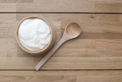 Makan Yogurt Bisa Hindarkan Bau Mulut