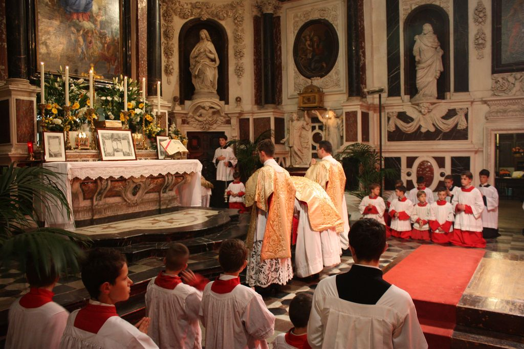 Christmas Day In France.New Liturgical Movement Christmas In France