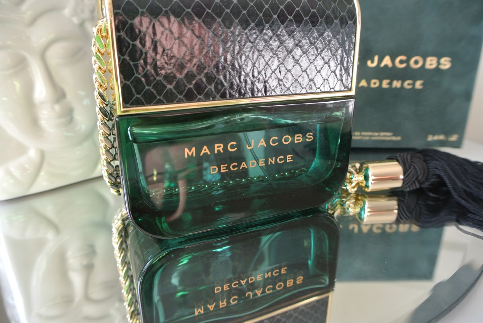 Marc Jacobs Decadence Perfume Review