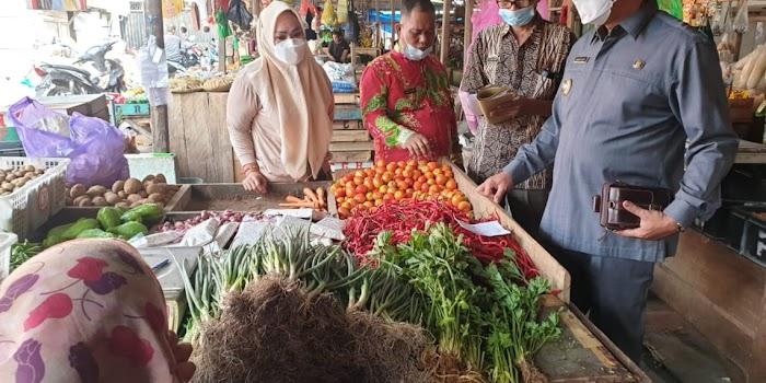 Jelang Lebaran, Pemkab Lamsel Kembali Cek Stok Kebutuhan Pokok di Pasar Inpres Kalianda