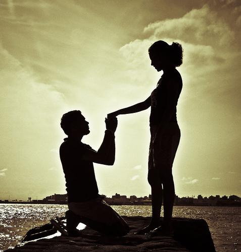 Kata Kata Mutiara Cinta Suami Istri Romantis