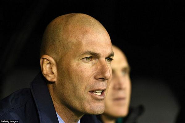 """Real gặp nạn: Ronaldo """"chân gỗ"""", Bale lên đồng, Zidane vẫn lo ngay ngáy 3"""