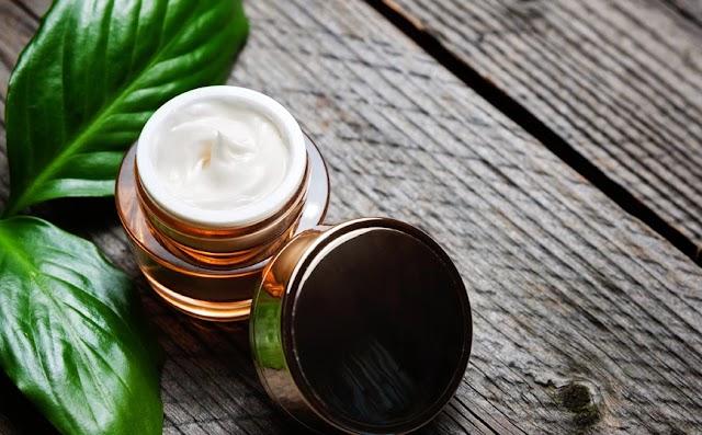 Τα συστατικά που πρέπει να αποφεύγετε στα προϊόντα περιποίησής σας