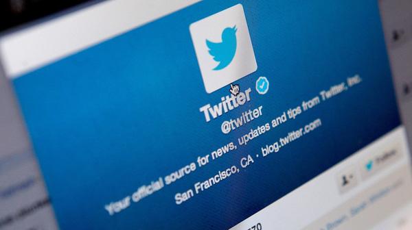 8 dari 10 Orang Kaya Pakai Twitter