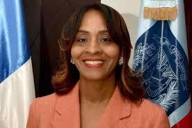 Directora regional de educación Yris San Gilbert: Estudiantes son motivos de júbilo, alegría y esperanza