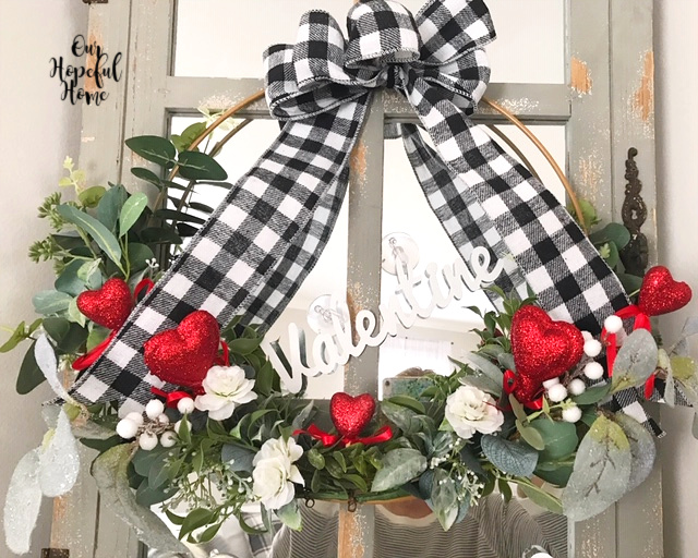red white black buffalo check wreath decoration
