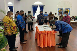 Pemprov Papua Beri Beasiswa kepada 12 Perguruan Tinggi di Jayapura