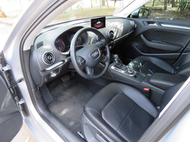 Audi A3 Sedan 1.4 Flex - interior