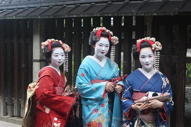 3 Maiko à Kyoto