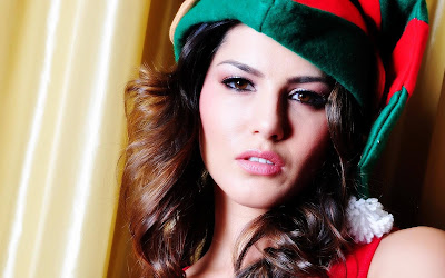 Sunny Leone - Being A Christmas Babe