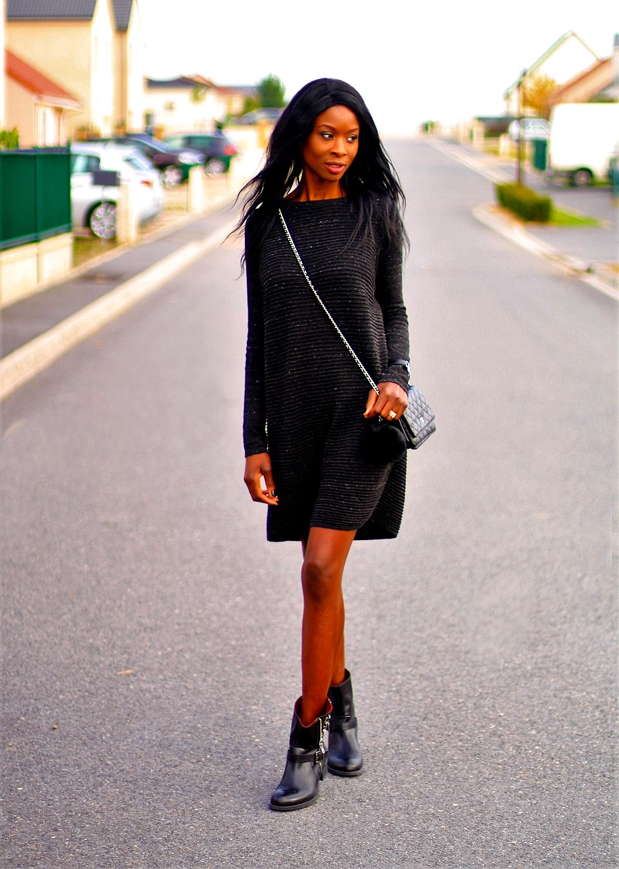 knit-dress-biker-boots-chanel-woc