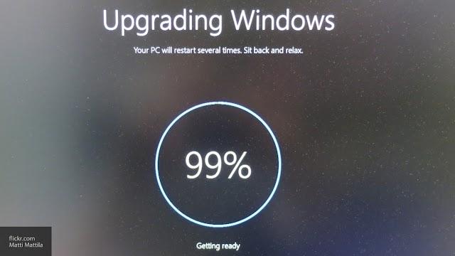 Microsoft прекращает поддержку версии 1903 Windows 10...