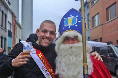 https://carnavalaalstkoentje.blogspot.com/2018/11/cd-seizoen-2018-2019-beschomt-volume-4.html