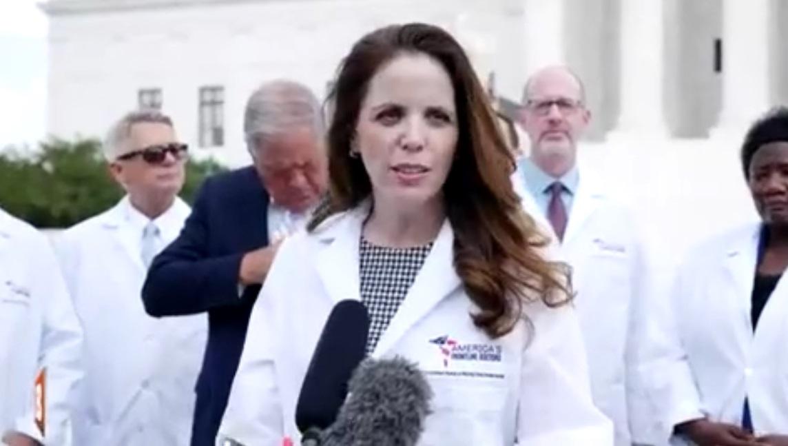 Dra. Simone Gold: Squarespace fecha o site dos médicos da linha de frente os EUA