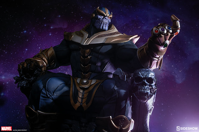 Thanos com as joias do infinito