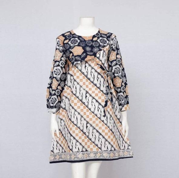 Tunik Batik Model Balero