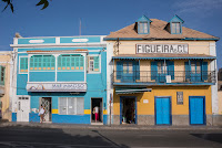 http://www.diariosdeunfotografodeviajes.com/2016/01/mindelo-la-perla-del-caribe-africano.html