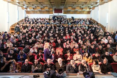 Kelemen Hunor nyugalomra és a szélsőségek elutasítására intette a ditróiakat