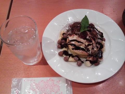 バースデーパンケーキ¥0-3 デニーズ大松店