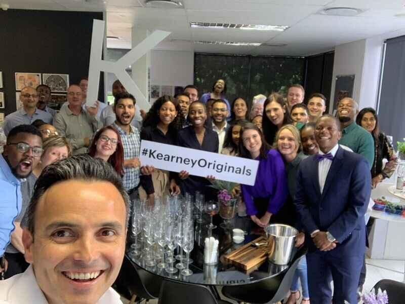 A Kearney, uma das maiores consultorias globais de gestão de negócios, com mais de 95 anos de trajetória, acaba de abrir inscrições para seu Programa de Estágio 2022. O processo será realizado online e selecionará estudantes de todo o Brasil para vagas em consultoria.