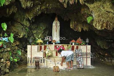 gua maria lawangsih