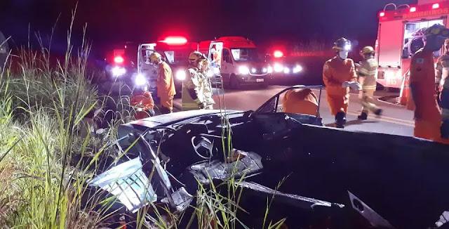 Crianças de 3 e 6 anos ficam feridas em grave acidente na BR-251