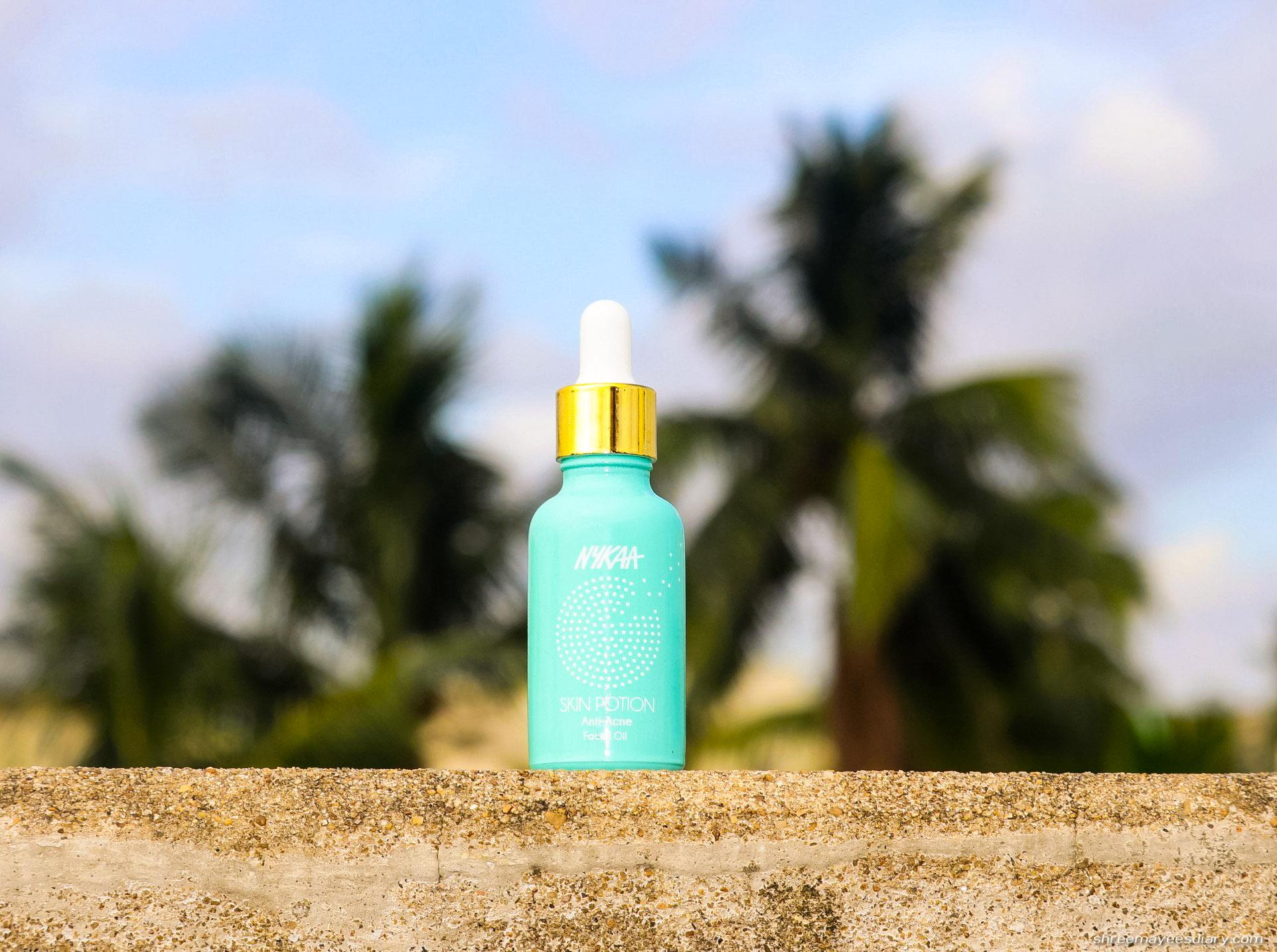 Anti-acne-facial-oil-hydrating-lighweight-formula